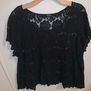 Plus Size Sheer Lace Crop Top